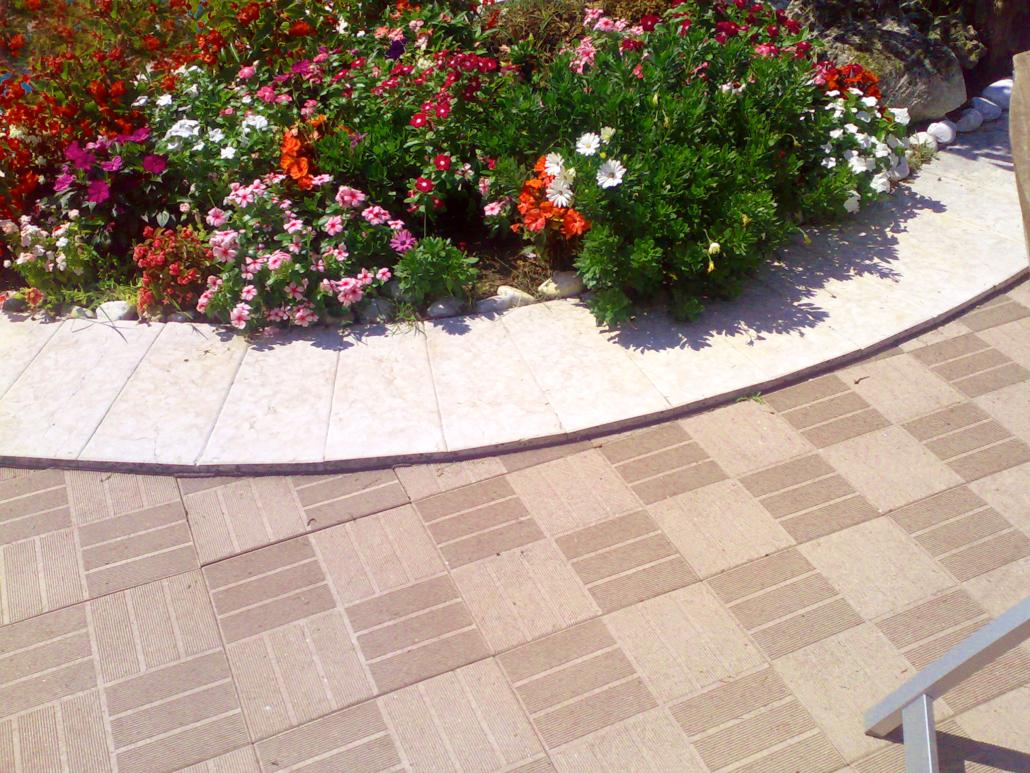 Mixtile by onek, pavimentazione in composito legno plastica